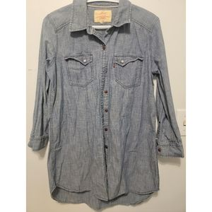 Levi's Red Label Womans button up size large